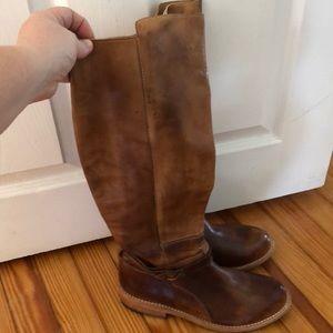 NWOT Bed Stu boots